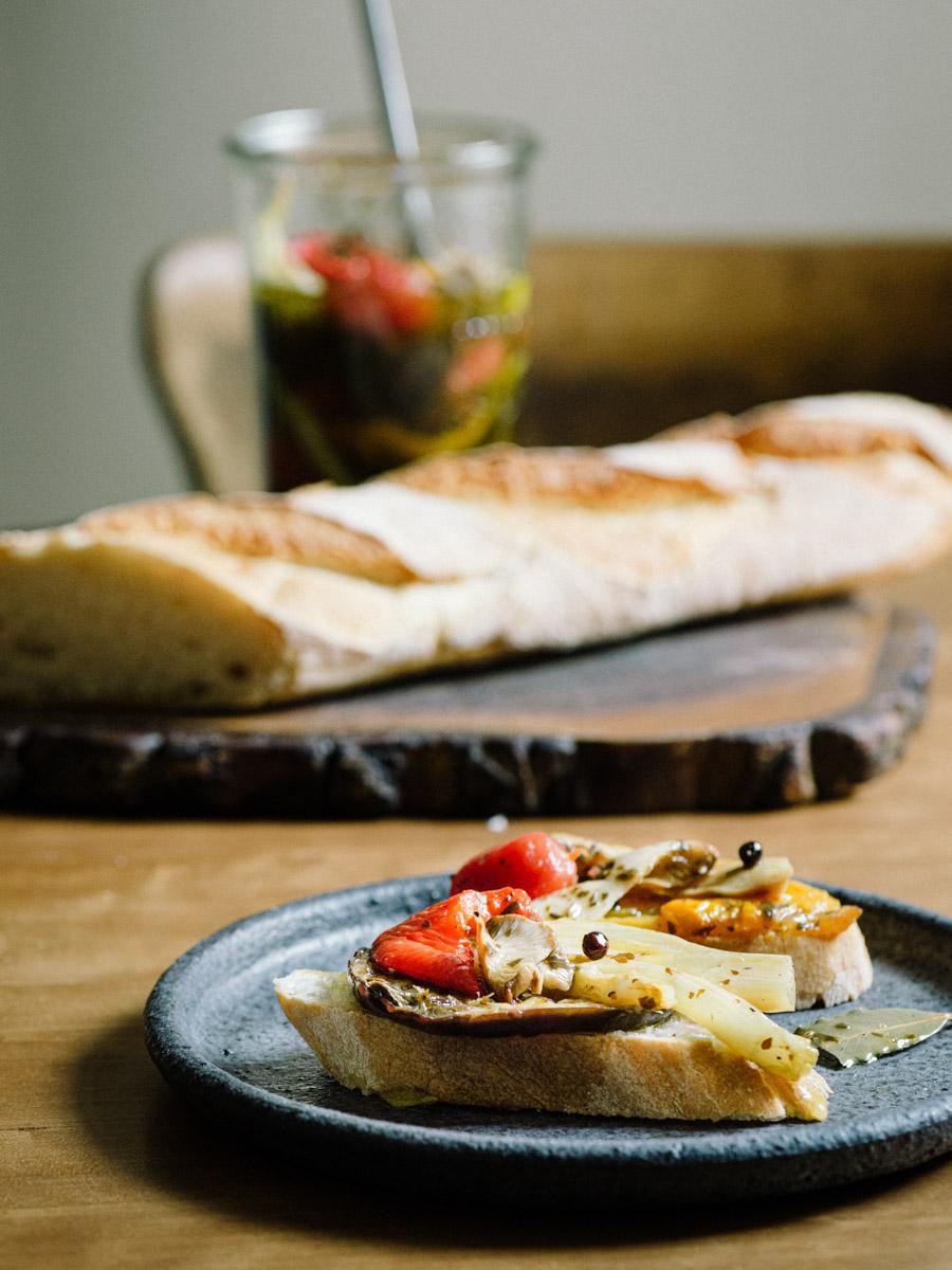 Mariniertes Gemüse mit Fenchel, Paprika, Aubergine, Pilzen