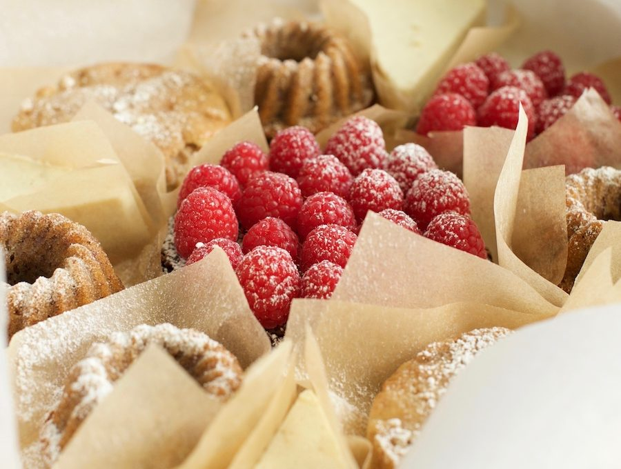 Fein verpackt: Himbeerkuchen, Cheese Cake, Apfel- und Bananenkuchen